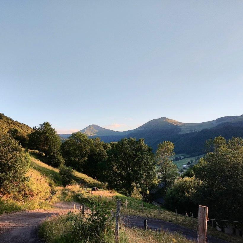 Vue sur les montagnes du Cantal