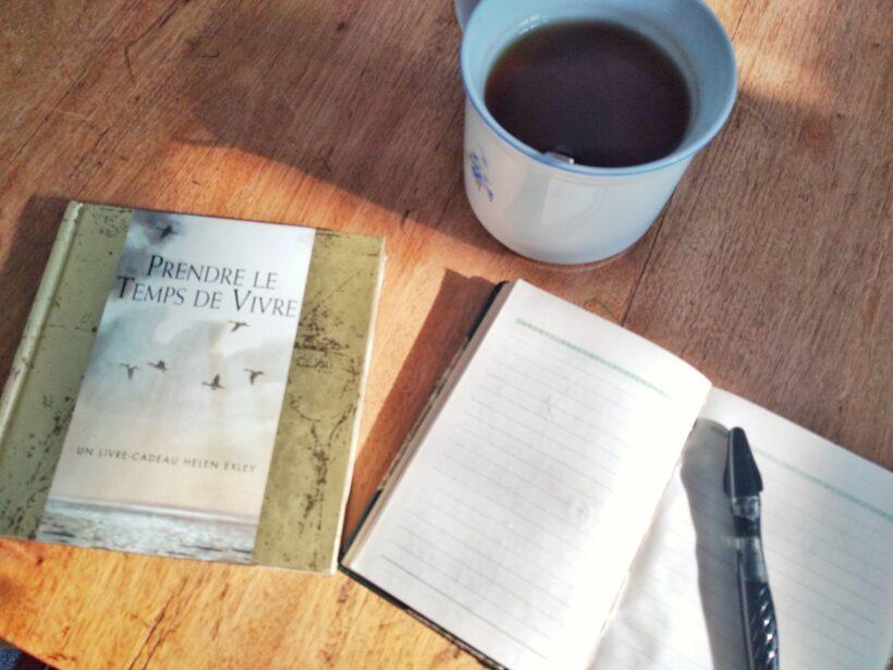 Prendre le temps de vivre -- Coaching PepPsy -- tasse de thé -- carnet